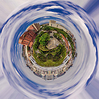 CALI - COLOMBIA, 28-04-2020: Tiny Planet en el Oeste de Cali. / Tiny Planet seen from west of Cali. Photo: VizzorImage / Gabriel Aponte / Staff