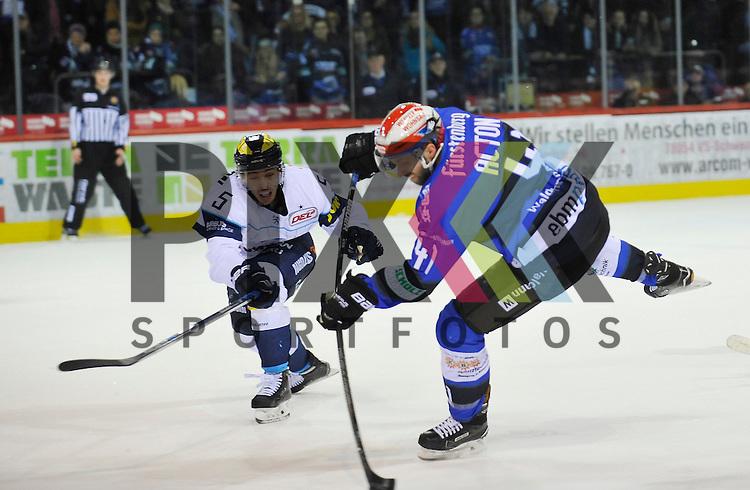 SERC Schwenninger Wild Wings (blau) - Ingolstadt (weiss), v.l. 5 INGOL Fabio Wagner + Will Acton (41) Stuermer SERC Wild Wings beim Spiel in der DEL, Schwenninger Wild Wings (blau) - ERC Ingolstadt (weiss).<br /> <br /> Foto &copy; PIX-Sportfotos *** Foto ist honorarpflichtig! *** Auf Anfrage in hoeherer Qualitaet/Aufloesung. Belegexemplar erbeten. Veroeffentlichung ausschliesslich fuer journalistisch-publizistische Zwecke. For editorial use only.