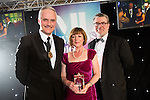 © Joel Goodman - 07973 332324 . 03/03/2016 . Manchester , UK . Michael Hardacre , president of Manchester Law Society , Team of the Year Employment (obo DAC Beachcroft ) DEBORAH HELY (centre) . The Manchester Legal Awards from the Midland Hotel . Photo credit : Joel Goodman