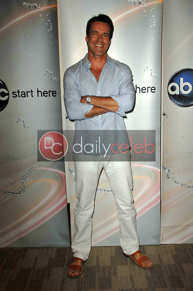 David James Elliott<br />
