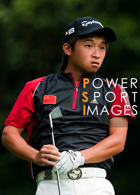 SHENZHEN, CHINA - OCTOBER 30:  Ren Han of China in action during the day two of Asian Amateur Championship at the Mission Hills Golf Club on October 30, 2009 in Shenzhen, Guangdong, China.  (Photo by Victor Fraile/The Power of Sport Images) *** Local Caption *** Ren Han