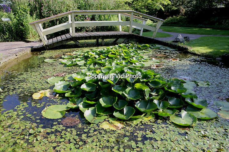 Foto: VidiPhoto..APPELTERN - De beroemde tuinen van Appeltern