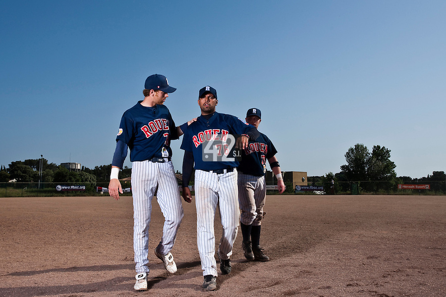 24 May 2009: Keino Perez of Rouen is seen next to Nicolas Dubaut and David Gauthier during the 2009 challenge de France, a tournament with the best French baseball teams - all eight elite league clubs - to determine a spot in the European Cup next year, at Montpellier, France. Rouen wins 7-5 over Savigny.