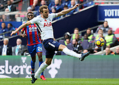 5th November 2017, Wembley Stadium, London England; EPL Premier League football, Tottenham Hotspur versus Crystal Palace; Harry Kane of Tottenham Hotspur controlling the ball