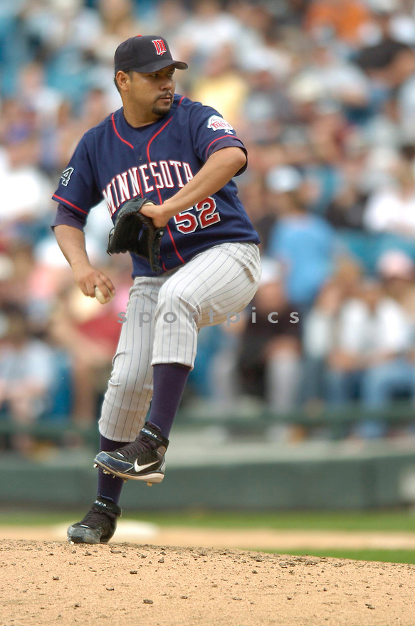 Carlos Silva, of the Minnesota Twins, during their game against the Chicago White Sox on April 23, 2006 in Chicago...Sox  win 7-3..David Durochik / SportPics