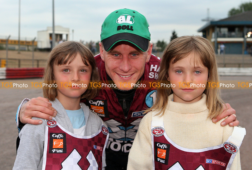The Lakeside Hammers Mascots for the night with Lee Richardson - Lakeside Hammers vs Swindon Robins, KO Cup Semi-Final 2nd Leg at the Arena Essex Raceway, Purfleet - 12/06/09 - MANDATORY CREDIT: Rob Newell/TGSPHOTO - Self billing applies where appropriate - 0845 094 6026 - contact@tgsphoto.co.uk - NO UNPAID USE.
