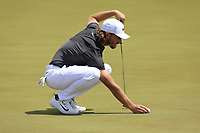 Tommy Fleetwood (ENG) on the practice green before starting his match during Sunday's Final Round of the 117th U.S. Open Championship 2017 held at Erin Hills, Erin, Wisconsin, USA. 18th June 2017.<br /> Picture: Eoin Clarke | Golffile<br /> <br /> <br /> All photos usage must carry mandatory copyright credit (&copy; Golffile | Eoin Clarke)