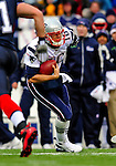 28 December 2008: New England Patriots' quarterback Matt Cassel scrambles for yardage during a game against the Buffalo Bills at Ralph Wilson Stadium in Orchard Park, NY. The Patriots kept their playoff hopes alive defeating the Bills 13-0 in their 16th win against Buffalo of their past 17 meetings. ***** Editorial Use Only ******..Mandatory Photo Credit: Ed Wolfstein Photo