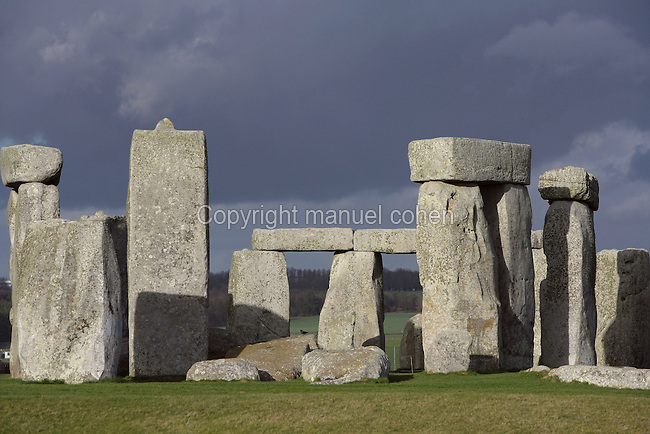 Horseshoe of Sarsen Trilithons; Circle of Sarsen stones with lintels, Stonehenge, Neolithic and Bronze Age megalithic monument, 3050 - 1500 BC, Salisbury, Wiltshire, England, UK. Picture by Manuel Cohen