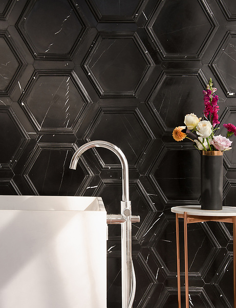 Coliseum, a stone waterjet mosaic, shown in honed Nero Marquina and Venetian honed Marquina, is part of the Altimetry Collection for New Ravenna.<br />