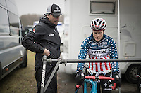 Katie Compton (USA/KFCracing) &amp; her husband getting ready to race<br /> <br /> 2016 CX UCI World Cup Zeven (DEU)