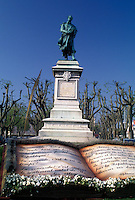 France, Burgundy, Macon, Saone-et-Loire, Bourgogne, Europe, wine region, Monument in the Quai Lamartine district in the city of Macon.