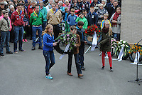ALGEMEEN: JOURE: 04-05-2015, Dodenherdenking, Jeugd tijdens de Kranslegging in Park Heremastate, ©foto Martin de Jong