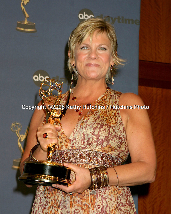 Kim Zimmer , Best Actress.33rd Daytime Emmy Awards.Kodak Theater.Hollywood & Highland.Los Angeles, CA.April 28, 2006.©2006 Kathy Hutchins / Hutchins Photo..