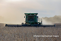 63801-13514 Harvesting soybeans in fall-aerial  Marion Co. IL