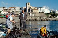 Spanien, Galicien, Laxe, Fischereihafen