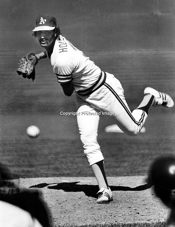 Ken Holtzman, Oakland A's.Ron Riesterer/photo