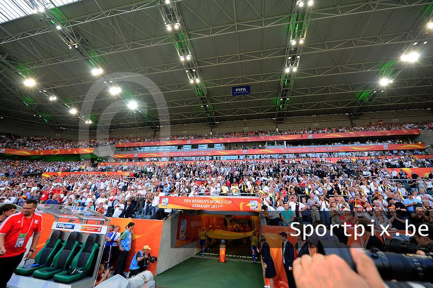 Fifa Women's World Cup Germany 2011 : France - Germany ( Frankrijk - Duitsland ) at Munchengladbach World Cup stadium : de hoofdtribune voor de opkomst van de speelsters.foto DAVID CATRY / Vrouwenteam.be