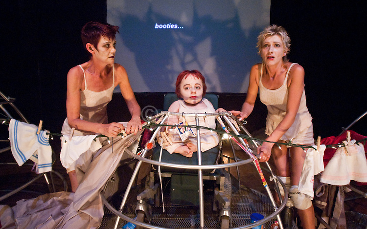 """Graeae Theatre Company. """"Peeling""""."""
