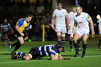 Paul Grant of Bath Rugby scores a try in the first half. Aviva Premiership match, between Worcester Warriors and Bath Rugby on January 5, 2018 at Sixways Stadium in Worcester, England. Photo by: Patrick Khachfe / Onside Images
