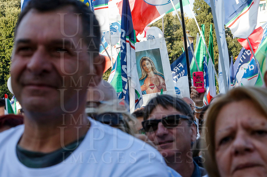 """Protesters attend the so-called """"Italian Pride!"""" political rally attended by right parties' leaders against government's economic policies in St. John Lateran Square, Rome, Italy, October 19, 2019.<br /> Update Images Press/Riccardo De Luca"""