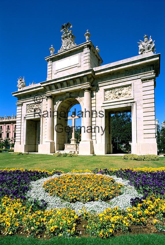 Spain, Costa del Azahar (Orange Blossom Coast), Valencia City: Plaza Porta del Mar | Spanien, Costa del Azahar (Kueste der Orangenbluete), Valencia Stadt: Plaza Porta del Mar