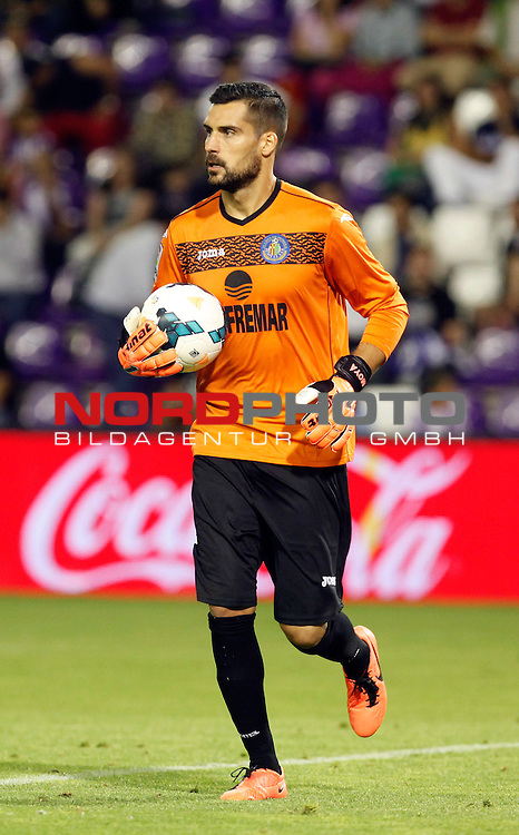 Getafe's goalkeeper Moya during La Liga match.August 31,2013. Foto © nph / Victor Blanco)