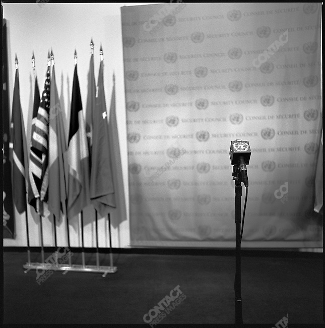 A microphone stood waiting at the spot for briefings outside the Security Council meeting room at the United Nations. New York City, New York, November 20, 2008