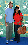 Actors Jerry O'Connell and Niecy Nash arrive at the 2008 Teen Choice Awards at the Gibson Amphitheater on August 3, 2008 in Universal City, California.