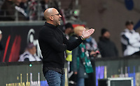 Trainer Peter Bosz (Bayer Leverkusen) angefressen - 18.10.2019: Eintracht Frankfurt vs. Bayer 04 Leverkusen, Commerzbank Arena, <br /> DISCLAIMER: DFL regulations prohibit any use of photographs as image sequences and/or quasi-video.