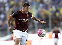 Calcio, Serie A: Frosinone vs Roma. Frosinone, stadio Comunale, 12 settembre 2015.<br /> Roma&rsquo;s Francesco Totti in action during the Italian Serie A football match between Frosinone and Roma at Frosinone Comunale stadium, 12 September 2015.<br /> UPDATE IMAGES PRESS/Isabella Bonotto