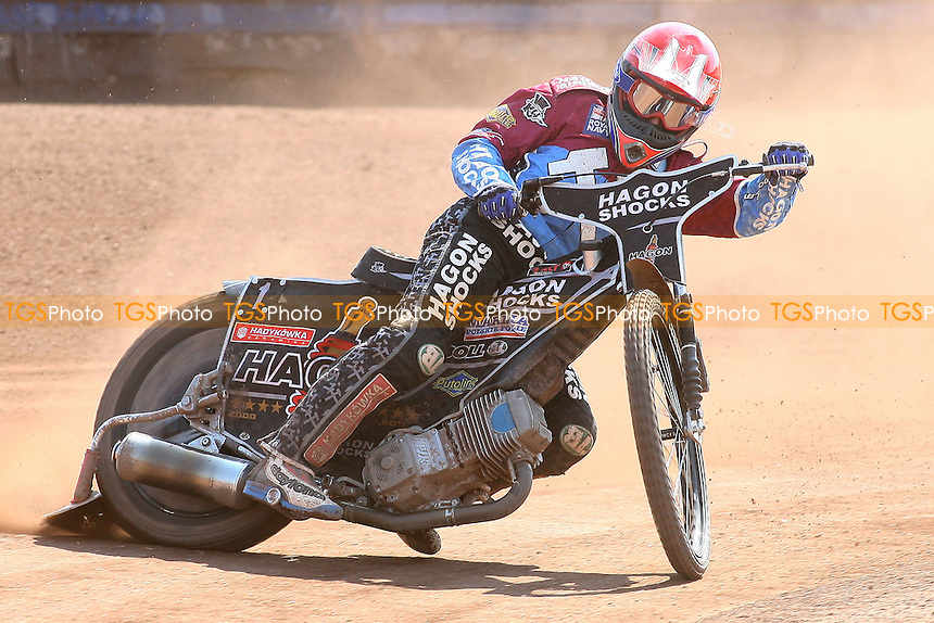 Heat 6: Lee Richardson of Lakeside - Lakeside Hammers vs Eastbourne Eagles - Elite League Speedway at Arena Essex Raceway - 22/04/11 - MANDATORY CREDIT: Gavin Ellis/TGSPHOTO - Self billing applies where appropriate - Tel: 0845 094 6026
