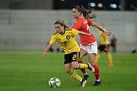 20181009 – BIEL BIENNE , SWITZERLAND : Belgian Davina Philtjens  pictured with Swiss Viola Calligaris during the female soccer game between Switzerland and the Belgian Red Flames , the second leg in the semi finals play offs for qualification for the World Championship in France 2019 ; the first leg ended in equality 2-2 ;  Tuesday 9 th october 2018 at The Tissot Arena  in BIEL BIENNE , Switzerland . PHOTO SPORTPIX.BE | DAVID CATRY