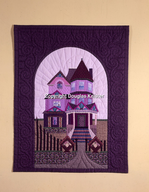"""""""Remember the House on the Hill""""<br />Quilt by Jan Stehlick"""