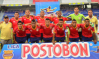 BARRANQUIILLA -COLOMBIA-25-10-2014. Jugadores de Uniauntónoma posan para una foto previo al encuentro con Independiente Santa Fe por la fecha 16 de la Liga Postobón II 2014 jugado en el estadio Metropolitano de la ciudad de Barranquilla./ Players of Uniautonoma pose to a photo prior the matcha against Independiente Santa Fe for the 16th date of the Postobon League II 2014 played at Metropolitano stadium in Barranquilla city.  Photo: VizzorImage/Alfonso Cervantes/STR