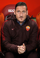 Calcio, Serie A: Roma vs Inter. Roma, stadio Olimpico, 19 marzo 2016.<br /> Roma&rsquo;s Francesco Totti sits on the bench during the Italian Serie A football match between Roma and FC Inter at Rome's Olympic stadium, 19 March 2016. The game ended 1-1.<br /> UPDATE IMAGES PRESS/Isabella Bonotto
