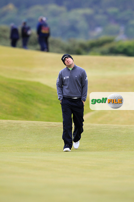 Richie RAMSAY (SCO) walks onto the 1st green during Saturday's Round 3 of the 2015 Dubai Duty Free Irish Open, Royal County Down Golf Club, Newcastle Co Down, Northern Ireland 5/30/2015<br /> Picture Eoin Clarke, www.golffile.ie