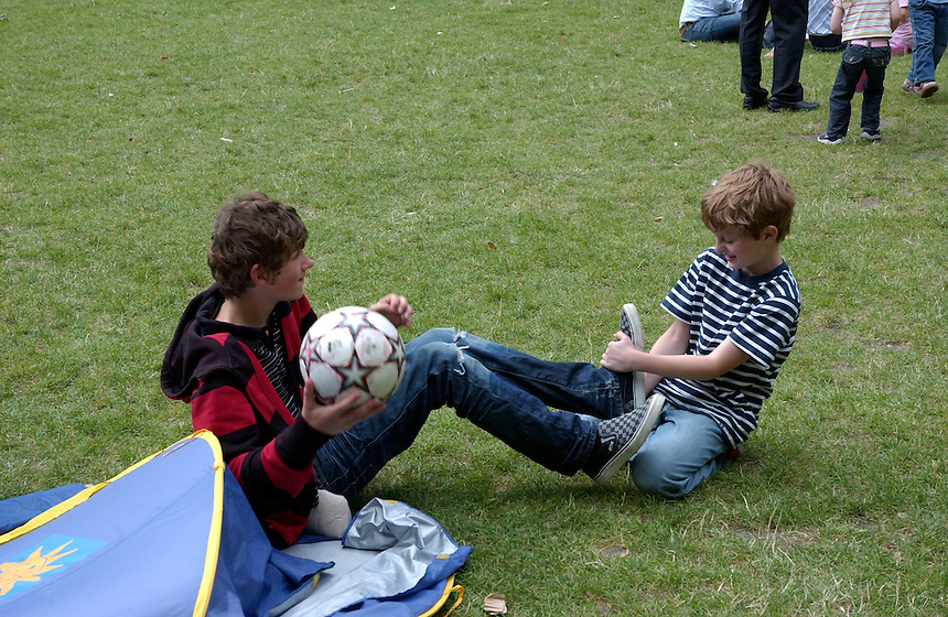 CORMACS 2ND BIRTHDAY CORAM FIELDS.PIC JAYNE RUSSELL 19.7.08..