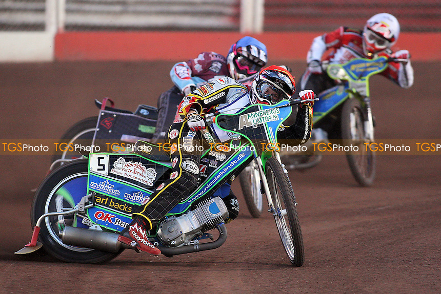 Heat 4: Nicolai Klindt (red), Rob Mear (blue) and Troy Batchelor (white) - Lakeside Hammers vs Peterborough Panthers - Elite League Speedway at Arena Essex Raceway - 19/08/11 - MANDATORY CREDIT: Gavin Ellis/TGSPHOTO - Self billing applies where appropriate - 0845 094 6026 - contact@tgsphoto.co.uk - NO UNPAID USE.
