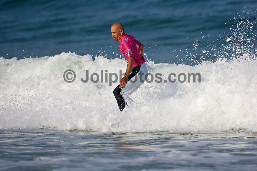 "KELLY SLATER (USA)  SEIGNOSSE, France (Sunday, September 27, 2009) - Mick Fanning (AUS), 28, has just claimed his second consecutive ASP Dream Tour event, taking out the 2009 Quiksilver Pro France presented by Orange over fellow Finalist Bede Durbidge (AUS), 26, in punchy one-to-three foot (0.5 - 1 metre) waves at Les Bourdaines...Event No. 7 of 10 on the 2009 ASP World Tour, the Quiksilver Pro France opted to utilize today's swell to complete the event given the dismal surf forecast for the remainder of the waiting period. Despite today's challenging conditions, the world's best surfers executed well, blending their rapid-fire approach with progressive fin-free and aerial surfing...Fanning continued to build momentum through the final day of competition before erupting in the Final with a flurry of excellent scoring rides, a 7.83, an 8.83 and a 7.33 in the opening half of the competition...""I was really fortunate to get those couple of good ones at the start because I really ran out of gas there at the end,"" Fanning said. ""It's two back-to-back events where I have had to surf four heats on the final day to get the win and it takes a lot out of you. The conditions were deteriorating and I was fortunate to get those scores on the board early on.""..Today's victory marks the second in a row for Fanning, having proven victorious in Southern California last week. The win further cements Fanning in second position on the 2009 ASP World Tour ratings, cutting the distance between himself and frontrunner Joel Parkinson (AUS), 28, from 936 points (pre-France) to a scant 146 points heading into Spain..The event had a waiting period from September 23rd to October 4 2009. The Quiksilver Pro France was a mobile event and depending on conditIons can be held at either Hossegor, Seignosse, Capbreton or Saint Jean de Luz and was designed to take advantage of the best waves on any given day the Atlantic Ocean had to offer in the South West region of France. Photo: joliphotos.com"