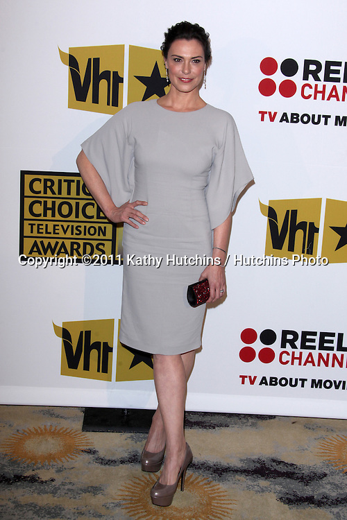 LOS ANGELES - JUN 20:  Michelle Forbes arriving at the 1st Annual Critics' Choice Television Awards at Beverly Hills Hotel on June 20, 2004 in Beverly Hills, CA