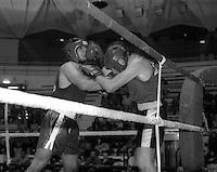 Roma   11 Dicembre 1997.Palazzetto dell Sport.Boxe dilettanti.Marinelli ( F. Fitness) vs  Di Francesco ( Casal Bruciato)