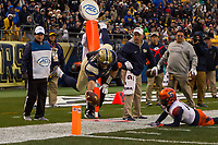 Pitt quarterback Nathan Peterman scores on a 13-yard touchdown run. The Pitt Panthers defeated the Syracuse Orange 76-61 at Heinz Field in Pittsburgh, Pennsylvania on November 26, 2016.