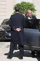 Jean-Yves Le Drian - Conseil restreint de sÈcurite et de defense ‡ l'Elysee suite a l'attentat de Nice perpetre le 14 juillet.
