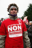 manifestation pour le travail, un manifestante