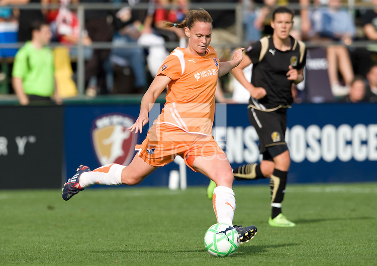 03 May 2009: Christie Rampone of the Sky Blue FC in action during the game against FC Gold Pride at Buck Shaw Stadium in Santa Clara, California.   FC Gold Pride defeated Sky Blue FC, 1-0.