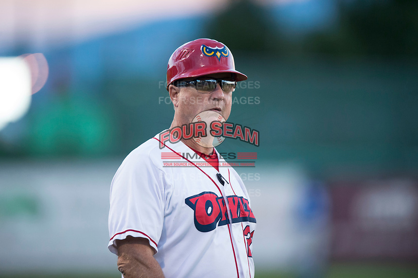 Orem Owlz manager Dave Stapleton (22) during a Pioneer League game against the Ogden Raptors at Home of the OWLZ on August 24, 2018 in Orem, Utah. The Ogden Raptors defeated the Orem Owlz by a score of 13-5. (Zachary Lucy/Four Seam Images)