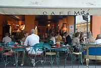 HUN, Ungarn, Budapest, Stadteil Buda, Burgviertel: Cafe Miró in der Herrengasse (Úri utca) | HUN, Hungary, Budapest, Castle District: Cafe Miró at lane Úri utca