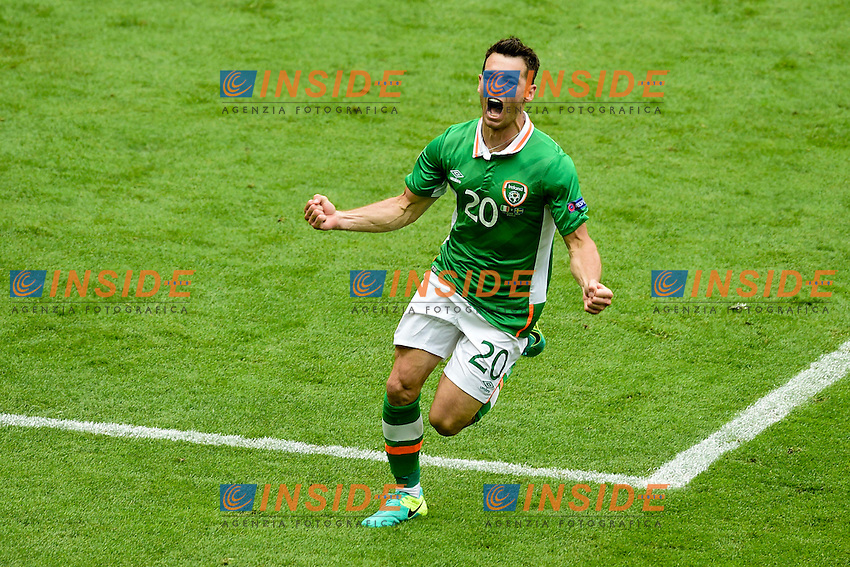 Esultanza  Wes HOOLAHAN (irl) Goal celebration <br /> Paris 13-06-2016 Stade de France Football Euro2016 Ireland - Sweden / Irlanda - Svezia Group Stage Group E. Foto JB Autissier Panoramic / Insidefoto