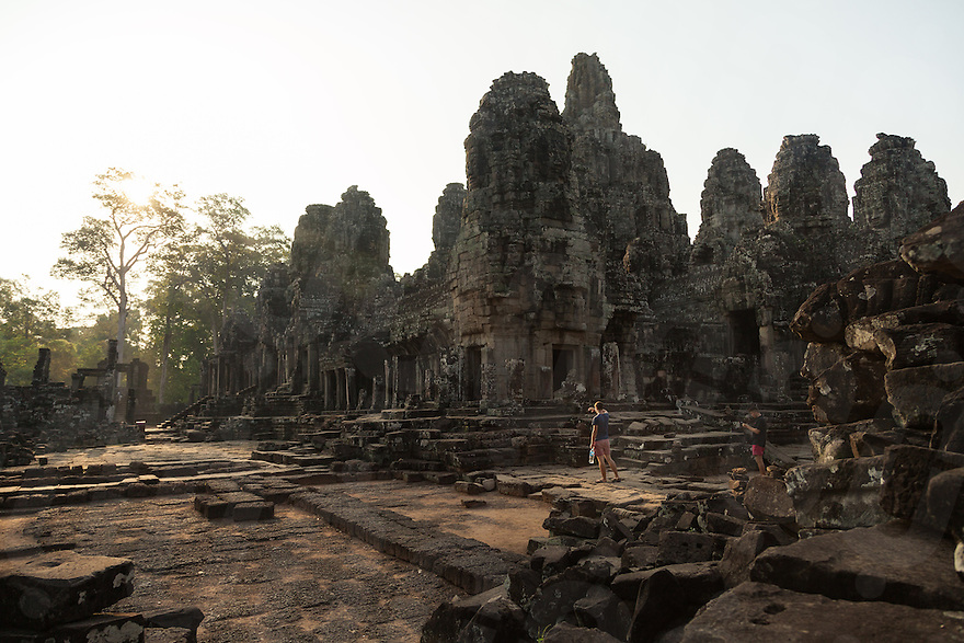 March 31, 2014 - Siem Reap. Tourists visit the ruin of Angkor Thom. © Thomas Cristofoletti / Ruom